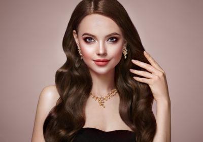 HEXAGONE Paris est une marque française de bijoux et accessoires.
